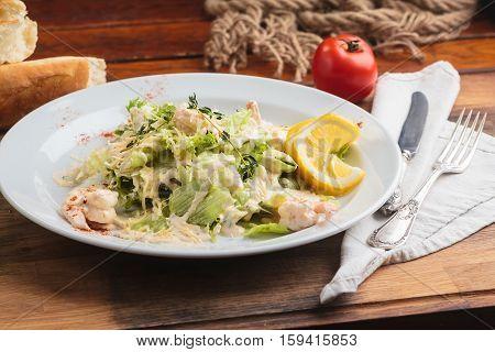 Salad With Tiger Prawns, Parmesan And Cream