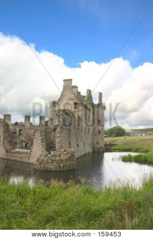 Caerlaverock Castle 4