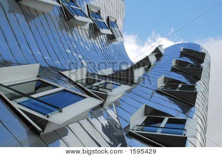 Moderno edificio