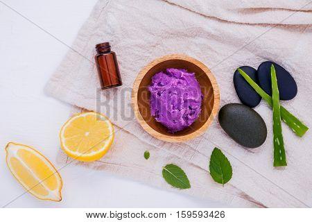 Homemade Skin Care And Body Scrub With Natural Ingredients Lemon Slice ,aloe Vera,himalayan Salt ,ar