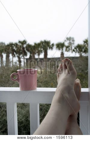 Tea Toes