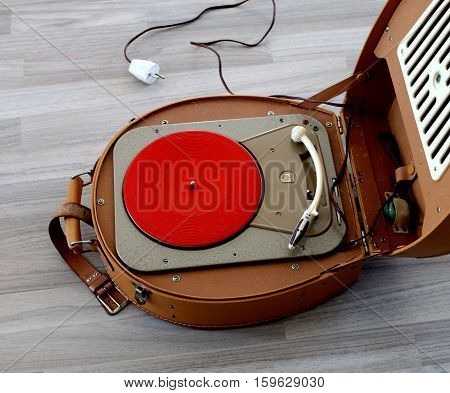 Portable portmanteau Vinyl Record Player Turntable Player old retro Turntable Briefcase