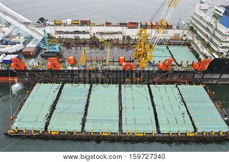 The Pipelaying Barge