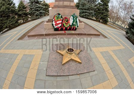 Extinguished the eternal flame at the marble stele with a commemorative wreath