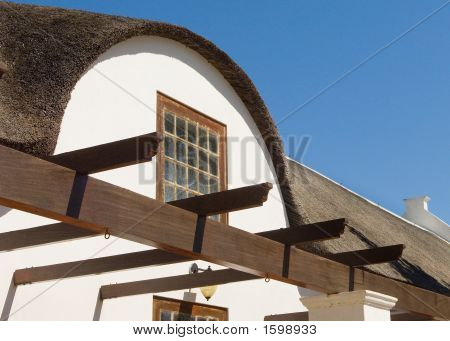Stellenbosch Colonial Roof Made Of Thatch