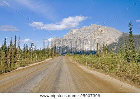Dalton Highway, polar region in Alaska