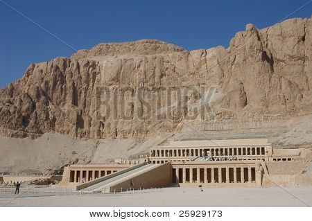 Mortuary temple of Queen Hapshepsut, one of the few female pharaohs, at Deir el-Bahri near Luxor (Thebes), Egypt