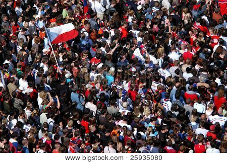 PRAGUE - MAY 25 : Huge crowd celebrate victory at a Czech ice hockey competition in Prague, Czech Republic, on May 25, 2008.