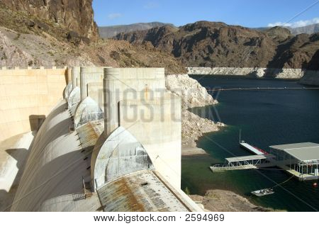View Of Hoover Dam & Lake Mead.