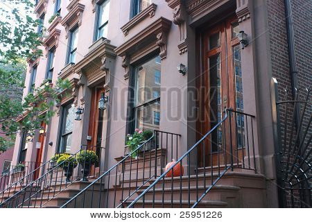 Brooklyn Heights Entrances