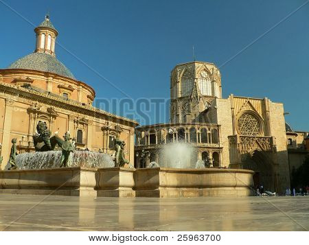 Plaza de la Virgen, Valencia, Spain