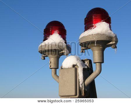 Warning signals in winter