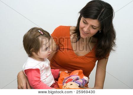 Mother with the child. Dialogue