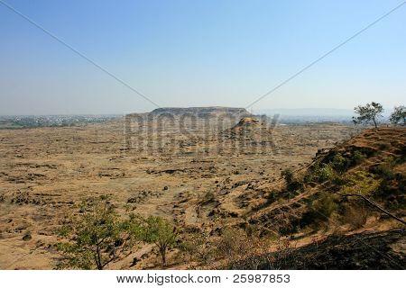 scenery around Aurangabad caves
