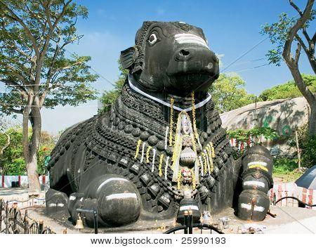 Nandi, Shiva?s vehicle, chamundi hill, built in 1659, Mysore, India