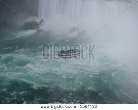 The Maid Of The Mist Boat At Niagara Falls