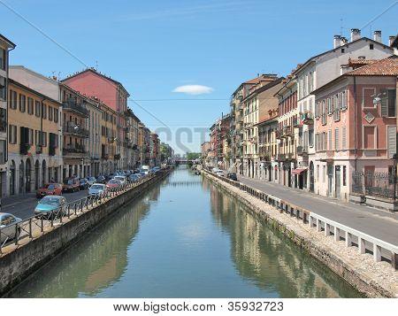 Naviglio Grande, Milão