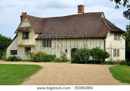 Large Tudor farmhouse