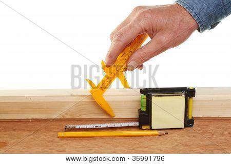 Hand Measuring