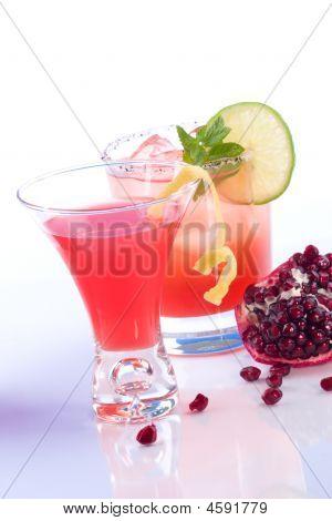 Granatapfel Martini und Mojito most popular Cocktails series