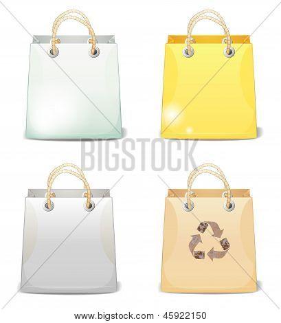 Quatro sacos de compras