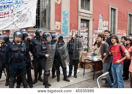 Students together to protest in Milan