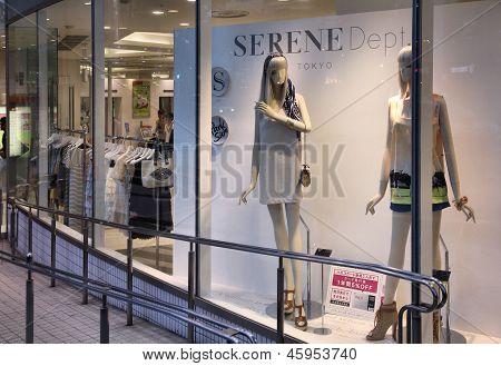 Fashion Shopping In Japan