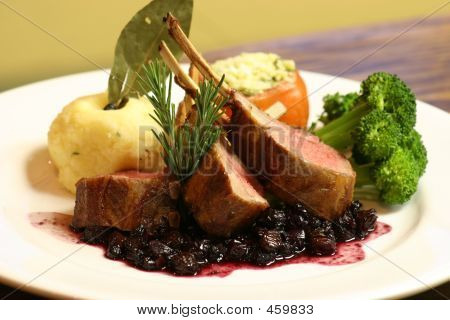 Rack Of Lamb With Sauce