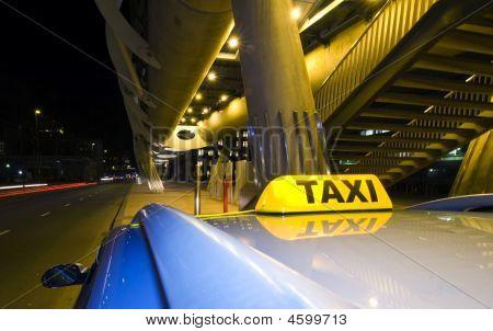 Waiting Taxi
