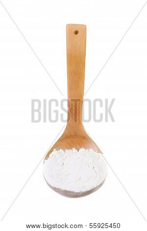Whole flour in spoon