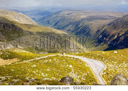 Mountain road from Serra Estrela, Portugal