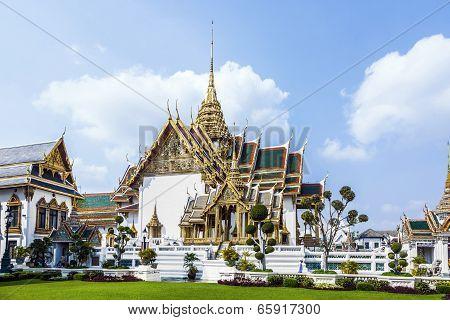 Phra Tinang Aporn Phimok Prasat Pavillion In The Grand Palace In Bangkok