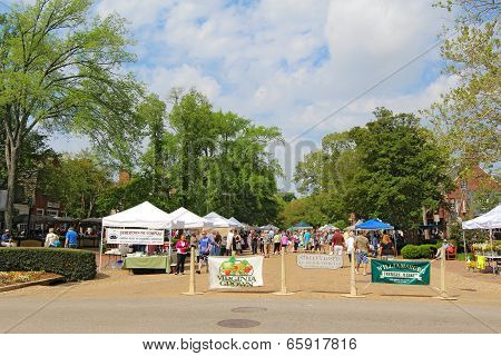 Entrance To The Williamsburg Farmers Market In Merchants Square