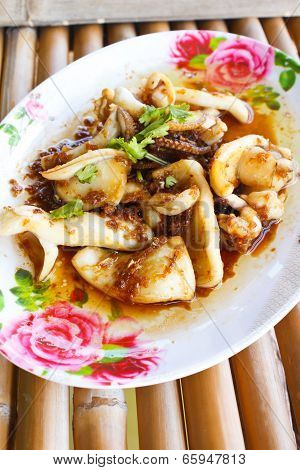Fried Squid With Garlic And Pepper.