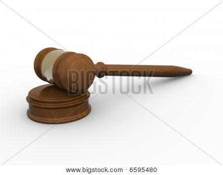 Martelo de madeira no fundo branco e bloco de som