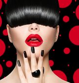 foto of long nails  - High Fashion Model Girl Portrait with Trendy Hair style - JPG