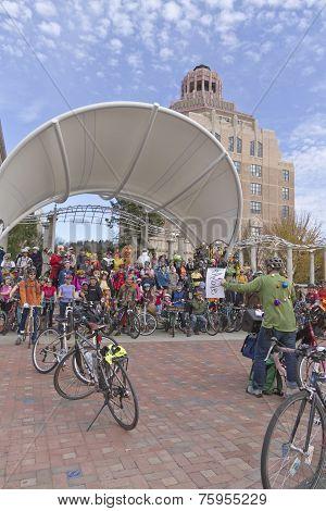 Pumpkin Pedaler Bicyclists Assembled