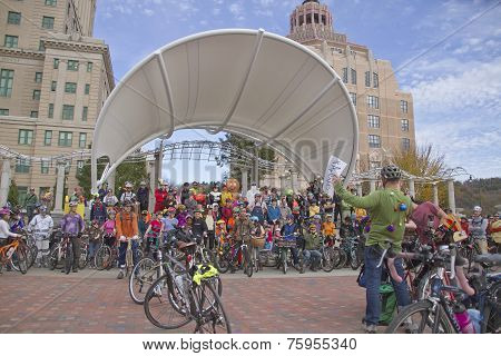 Crazy Pumkin Pedaler Bikers