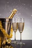 picture of ball chain  - Champagne bottle with glasses - JPG