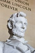 picture of abraham  - Abraham Lincoln statue at the Lincoln Memorial - JPG