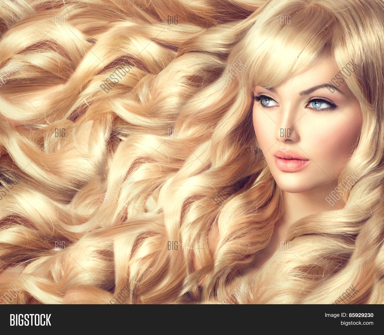 Beautiful blonde models