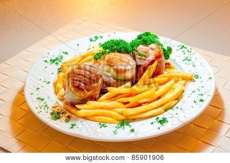 Meat Bitochki And French Fries Beautifully Served