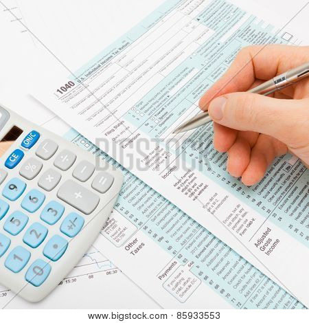 Filling Out 1040 Us Tax Form