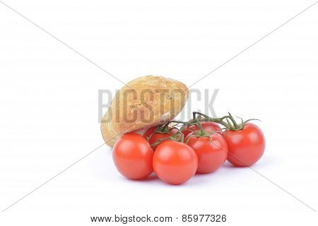 Fresh Red Tomatoes With Bread