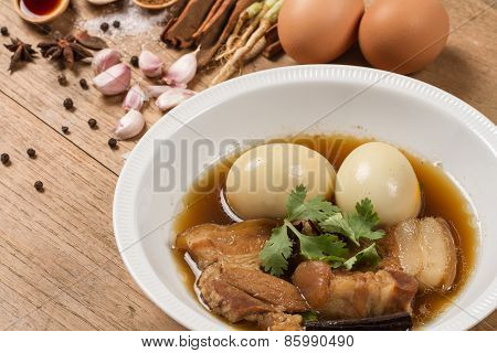Eggs And Pork Stewed  In The Gravy
