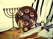 foto of seder  - Jewish symbols for the passa celebration Seder plate eight - JPG