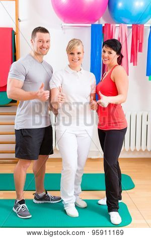 Patients at the physiotherapy after physical exercises