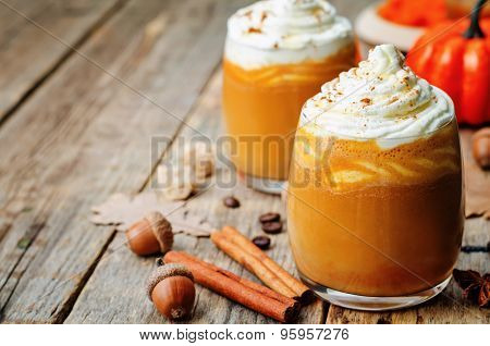 Ice Honey Pumpkin Spice Latte With Whipped Cream