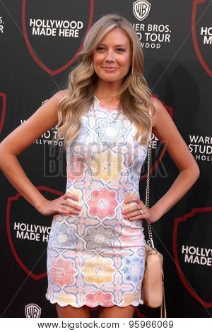 LOS ANGELES - JUL 14:  Melissa Ordway at the Warner Bros. Studio Tour Hollywood Expansion Official Unveiling, Stage 48: Script To Screen at the Warner Brothers Studio on July 14, 2015 in Burbank, CA
