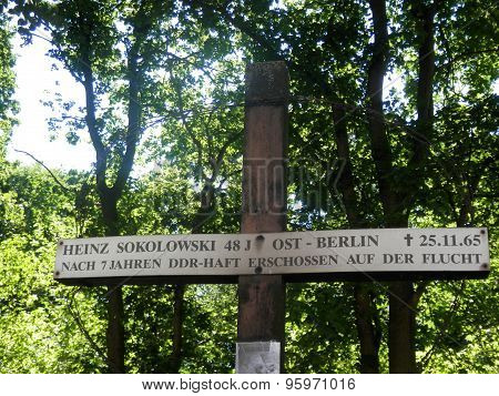 Memorial To East German Refugee